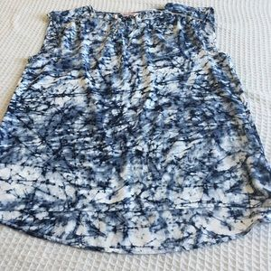 Juicy Couture Tops - Juicy couture blue printed Blouse size Small